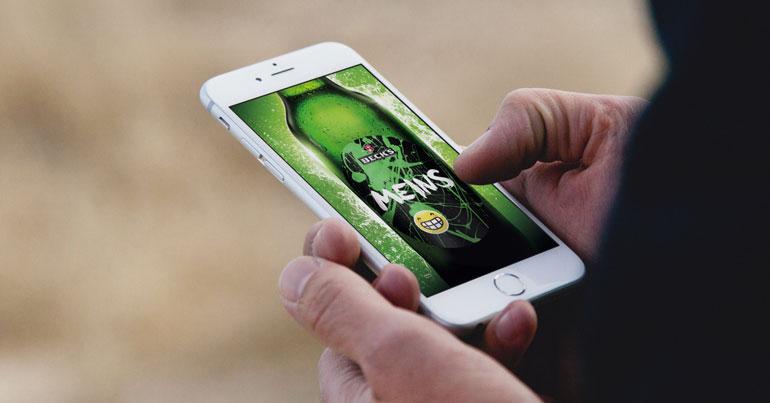Online-Editor für individualisierte Produkte (Bild: Mockdrop.io / Becks)
