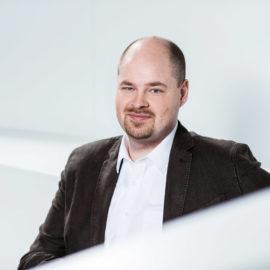 Simon Schröer